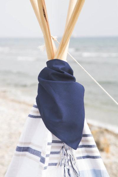 pañuelito picniquero azul marino para tipi